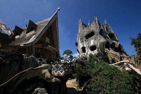 Le 10 case pi strane del mondo ferretticasa for Piani di casa del vecchio mondo