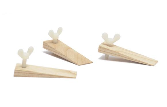 Oggetti in legno non c 39 bisogno di correre ferretticasa - Oggetti di design in legno ...